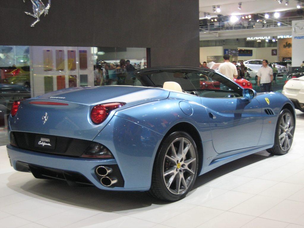 Ferrari California - Posteriore