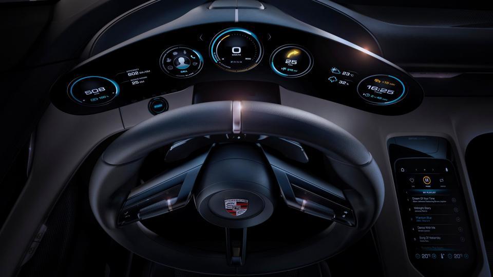 Porsche Taycan - Interni