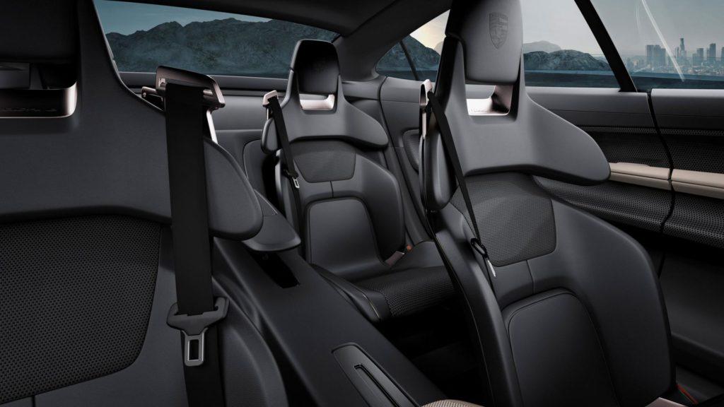 Porsche Taycan - Sedili