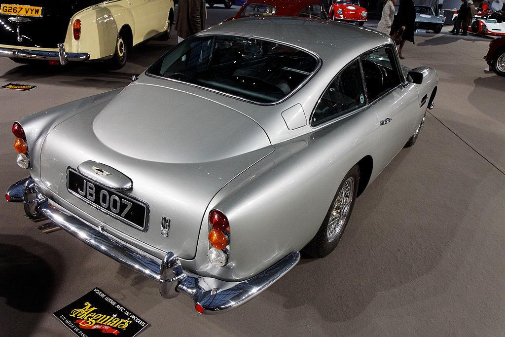 Aston Martin DB5 - Posteriore